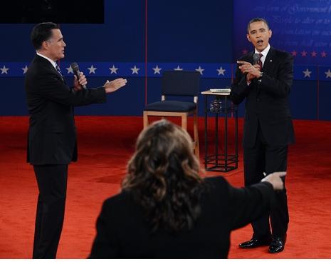 Obama e Romney davanti a Candy Crowley. Fonte: newyorker.com